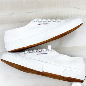 SUPERGA Cotu CLassic Laceup Sneaker Silver Eyelets